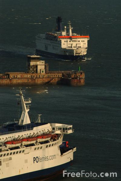 Picture of P&O Ferry, Port of Dover, England - Free Pictures - FreeFoto.com
