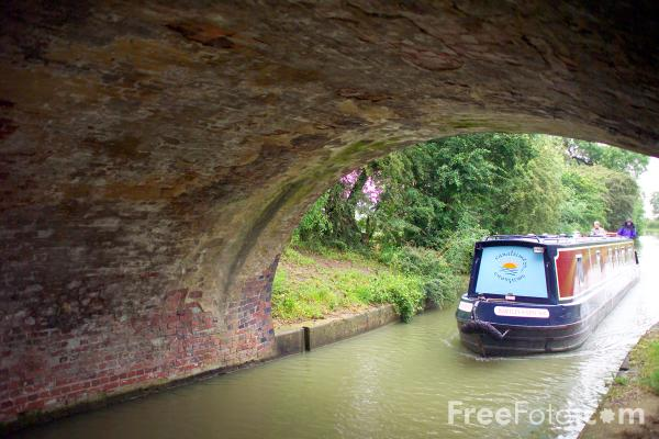 Picture of Grand Union Canal, Leicester Section - Free Pictures - FreeFoto.com