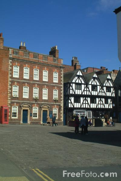 Picture of Bailgate, Lincoln, England - Free Pictures - FreeFoto.com