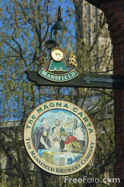 Picture of The Magna Carta Pub, Bailgate, Lincoln, England - Free Pictures - FreeFoto.com