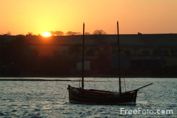 Picture of Sunset, Alnmouth Harbour - Free Pictures - FreeFoto.com
