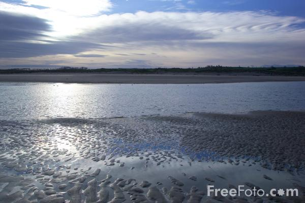 Picture of River Aln, Alnmouth, Northumberland - Free Pictures - FreeFoto.com