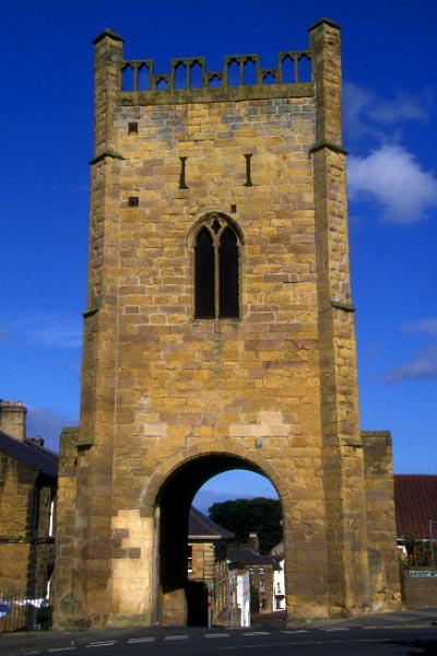 Picture of Alnwick - Free Pictures - FreeFoto.com