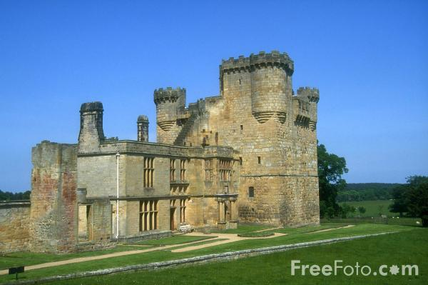 Picture of Belsay Castle - Free Pictures - FreeFoto.com