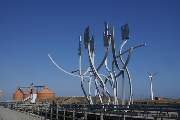 Picture of Spirit of the Staithes - Free Pictures - FreeFoto.com