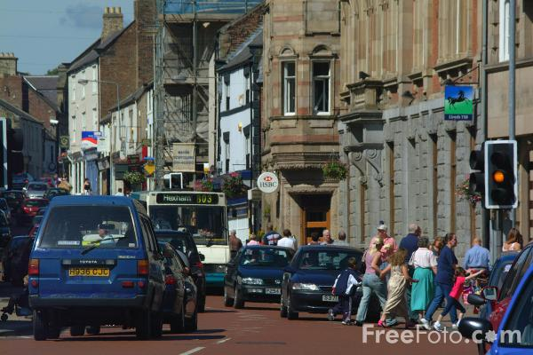 Picture of Traffic, Hexham - Free Pictures - FreeFoto.com