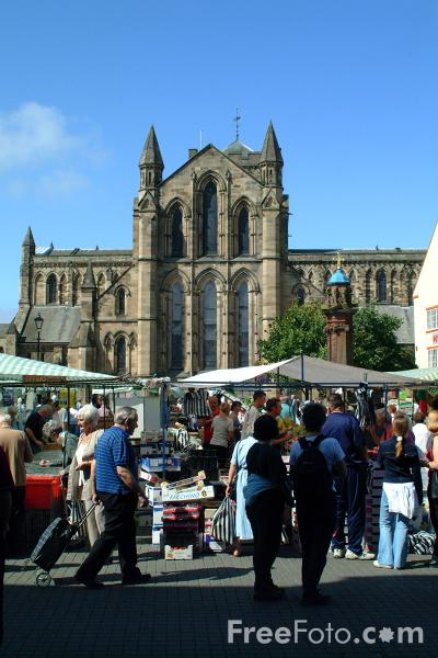Picture of Market Place, Hexham - Free Pictures - FreeFoto.com