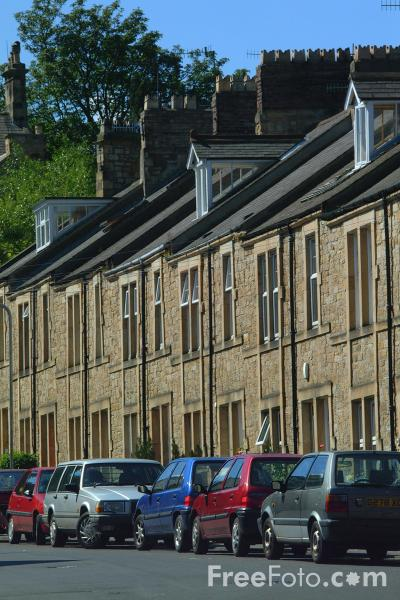 Picture of Terraced Street, Hexham - Free Pictures - FreeFoto.com