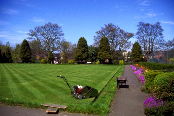 Picture of The Park, Morpeth - Free Pictures - FreeFoto.com