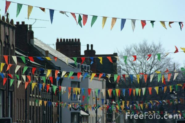 Picture of Bunting / Pennants - Free Pictures - FreeFoto.com