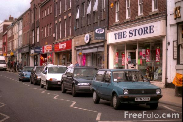 Picture of Morpeth High Street - Free Pictures - FreeFoto.com