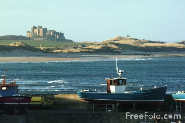 Picture of Bamburgh Castle seen from Seahouses - Free Pictures - FreeFoto.com
