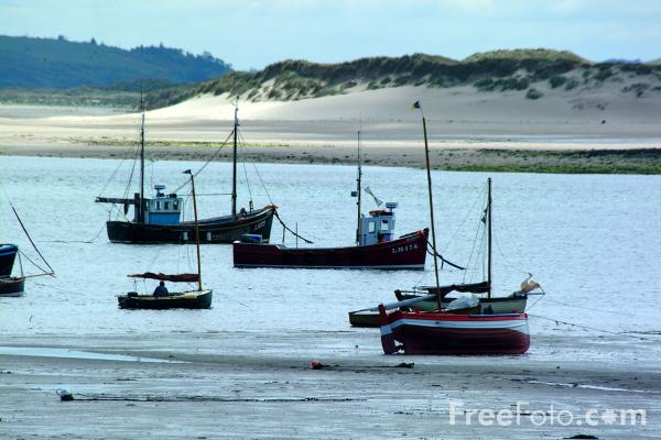Picture of Fishing Boats, Holy Island - Free Pictures - FreeFoto.com