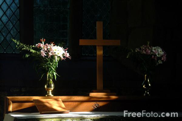 Picture of Church Flowers, St Andrew C of E Church, Bolam, Northumberland - Free Pictures - FreeFoto.com