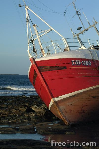 Picture of Fishing Boat, Seahouses Harbour - Free Pictures - FreeFoto.com