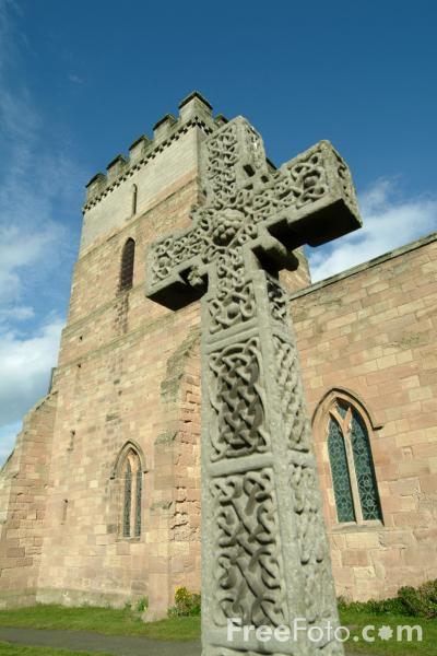 Picture of Celtic Cross - Free Pictures - FreeFoto.com