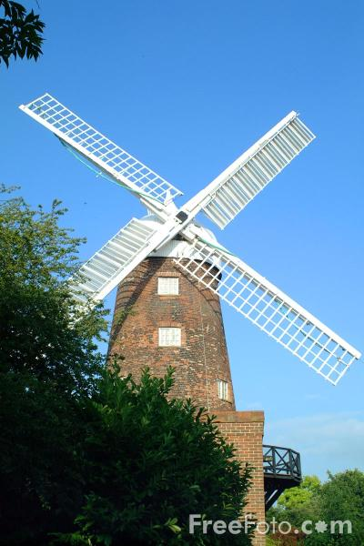 Picture of Green's Windmill - a science centre in the suburb of Sneinton, Nottingham. - Free Pictures - FreeFoto.com