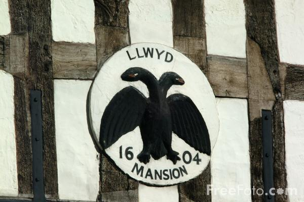 Picture of Llywd Mansion on Cross Street, Oswestry, Shropshire, England - Free Pictures - FreeFoto.com