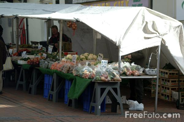 Picture of Oswestry Market - Free Pictures - FreeFoto.com
