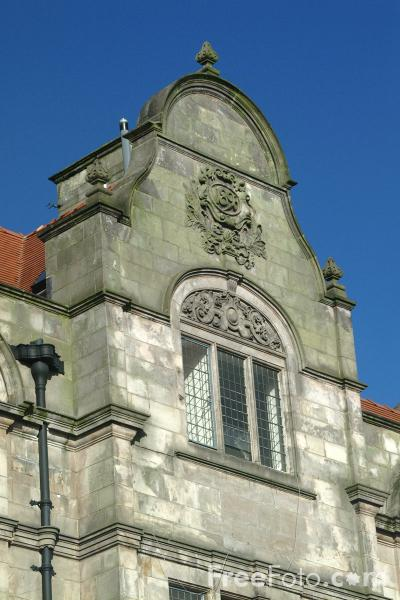 Picture of Oswestry Town Hall - Free Pictures - FreeFoto.com