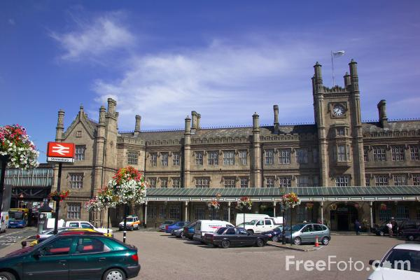 Picture of Shrewsbury Railway Station, Shropshire - Free Pictures - FreeFoto.com