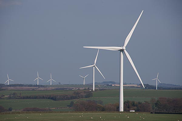 Picture of High Hedley Hope wind farm - Free Pictures - FreeFoto.com