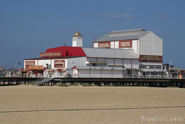 Picture of Great Yarmouth - Free Pictures - FreeFoto.com