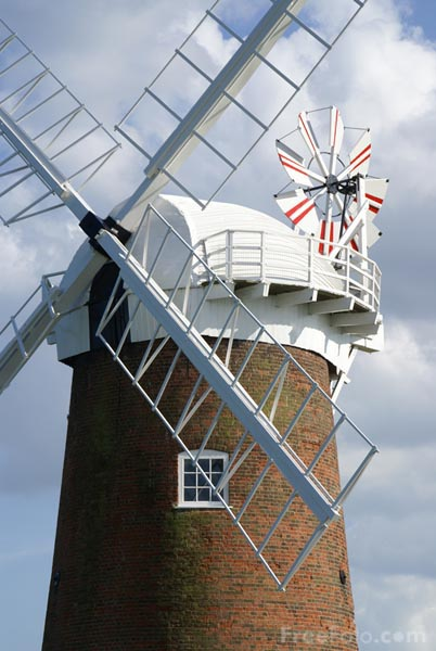 Picture of Horsey Waterpump, Norfolk - Free Pictures - FreeFoto.com