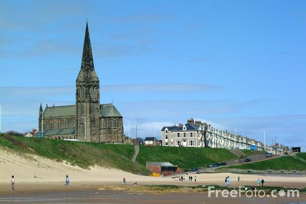Picture of St George's Church, Cullercoats - Free Pictures - FreeFoto.com