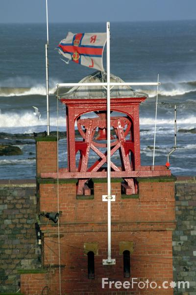 Picture of RNLI, Cullercoats - Free Pictures - FreeFoto.com