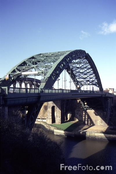 Picture of The Wear Bridge, Sunderland - Free Pictures - FreeFoto.com