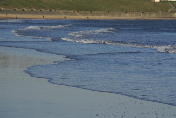 Picture of The Beach, Cullercoats - Free Pictures - FreeFoto.com