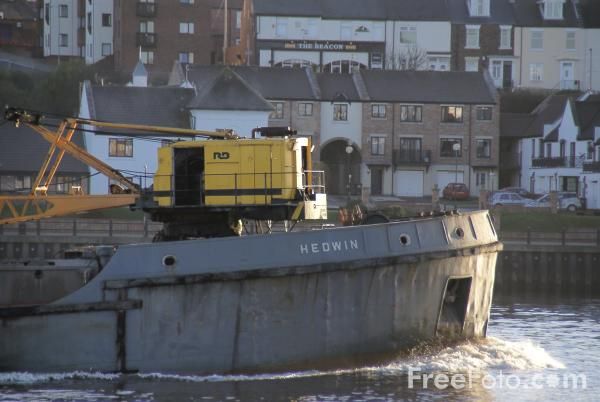Picture of Port of Tyne Authority ship Hedwin, River Tyne, Tynemouth - Free Pictures - FreeFoto.com