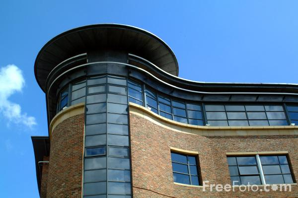 Picture of Sandgate House on Newcastle's Quayside - Free Pictures - FreeFoto.com