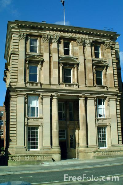Picture of The Red Box Building, St Nicholas Street, Newcastle Upon Tyne - Free Pictures - FreeFoto.com