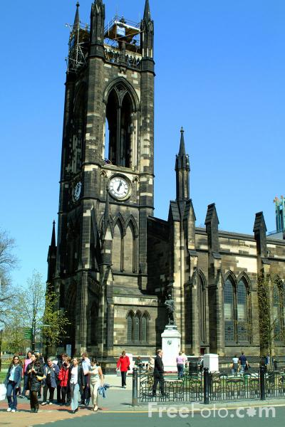 Picture of The church of St Thomas The Martyr, Newcastle upon Tyne - Free Pictures - FreeFoto.com