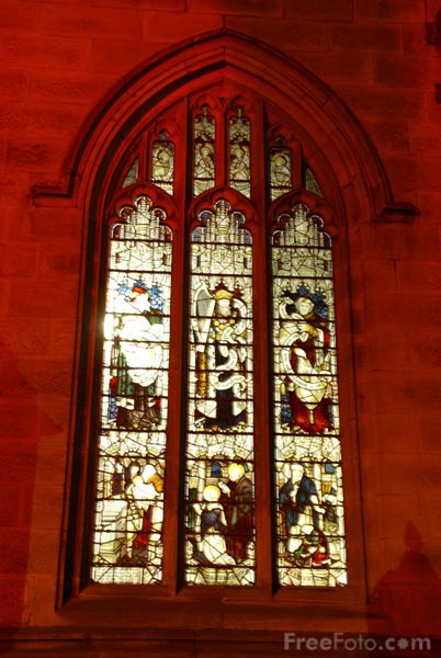 Picture of Stained glass window, St Nicholas Cathedral, Newcastle upon Tyne - Free Pictures - FreeFoto.com