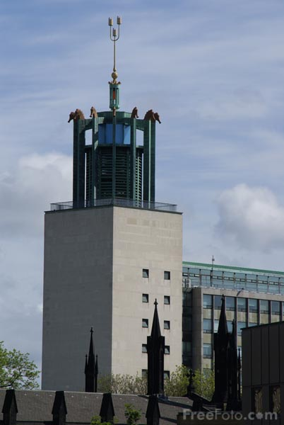 Picture of Newcastle Civic Centre - Free Pictures - FreeFoto.com