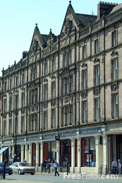 Picture of Blackwells Bookshop, Haymarket, Newcastle upon Tyne - Free Pictures - FreeFoto.com