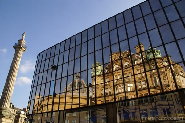 Picture of Reflections, Eldon Square, Newcastle upon Tyne - Free Pictures - FreeFoto.com