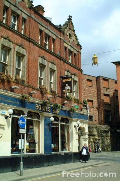 Picture of Rosie's Bar, Stowell Street, Newcastle upon Tyne - Free Pictures - FreeFoto.com