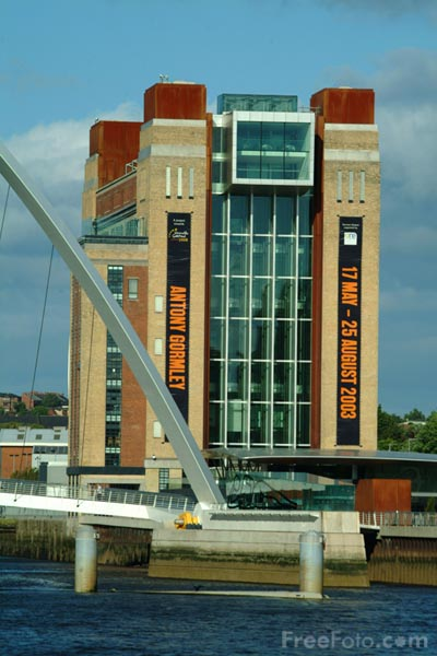 Picture of Baltic Centre for Contemporary Art, Gateshead - Free Pictures - FreeFoto.com
