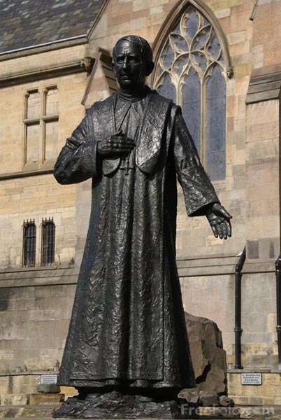 Picture of Cardinal George Basil Hume Memorial, Newcastle upon Tyne. - Free Pictures - FreeFoto.com