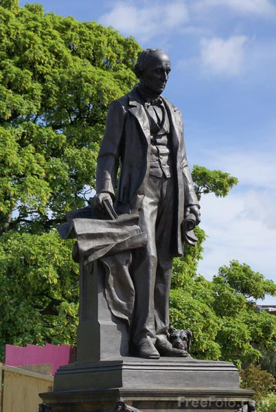 Picture of Lord Armstrong Memorial, Newcastle upon Tyne - Free Pictures - FreeFoto.com