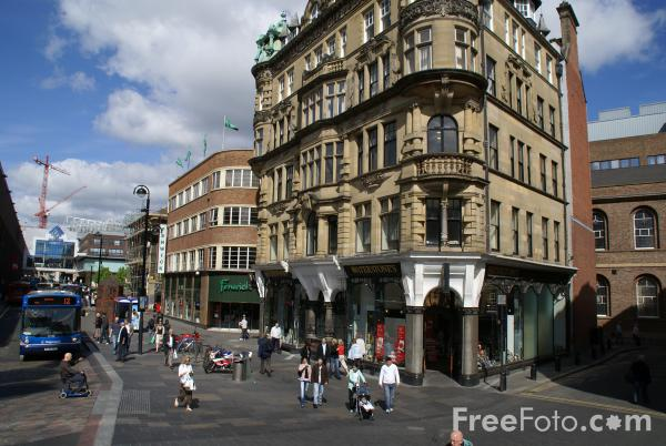 Picture of Shops, Newcastle upon Tyne - Free Pictures - FreeFoto.com