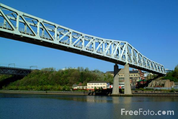 Picture of Queen Elizabeth II bridge, Newcastle upon Tyne - Free Pictures - FreeFoto.com