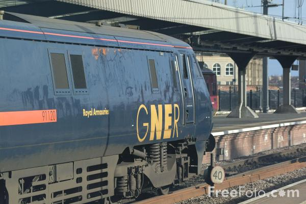 Picture of GNER 225, Central Station, Newcastle upon Tyne - Free Pictures - FreeFoto.com