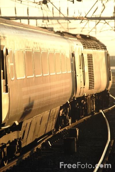 Picture of High Speed Train, Central Station, Newcastle upon Tyne - Free Pictures - FreeFoto.com