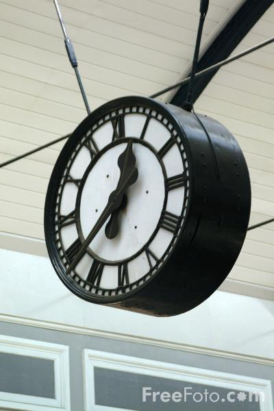 Picture of Clock, Central Station, Newcastle upon Tyne - Free Pictures - FreeFoto.com