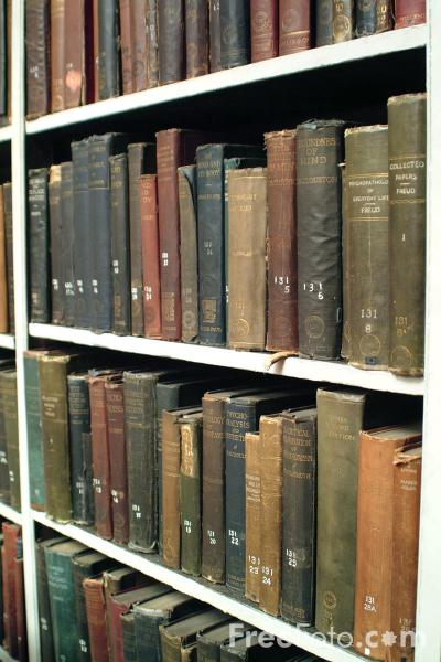 Picture of Old Library Books, The Literary and Philosophical Society Of Newcastle upon Tyne - Free Pictures - FreeFoto.com